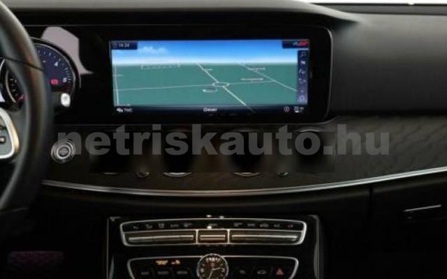 E 400 személygépkocsi - 2925cm3 Diesel 105871 8/12