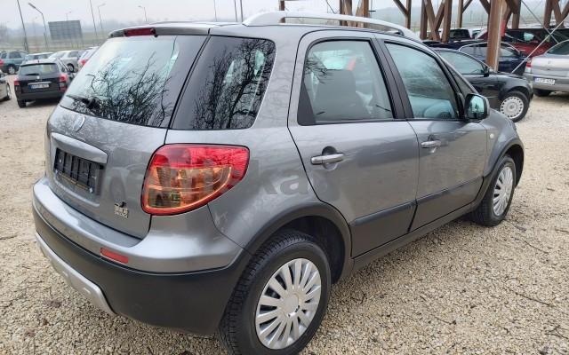FIAT Sedici 1.6 16V 4x4 Emotion személygépkocsi - 1586cm3 Benzin 22498 5/12