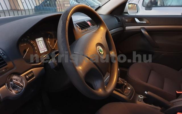 SKODA Octavia 1.6 Elegance személygépkocsi - 1595cm3 Benzin 22492 3/7