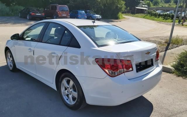 CHEVROLET Cruze 1.6 LS személygépkocsi - 1598cm3 Benzin 47430 7/12
