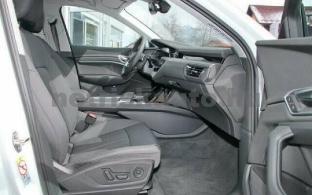 AUDI e-tron személygépkocsi - 2000cm3 Kizárólag elektromos 42575 3/7