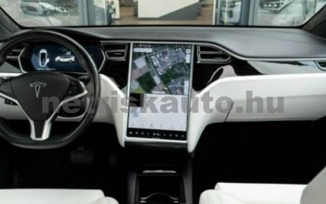 Model X személygépkocsi - cm3 Kizárólag elektromos 106233 12/12