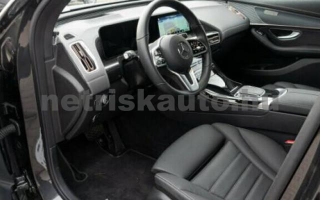 EQC személygépkocsi - cm3 Kizárólag elektromos 106101 9/10