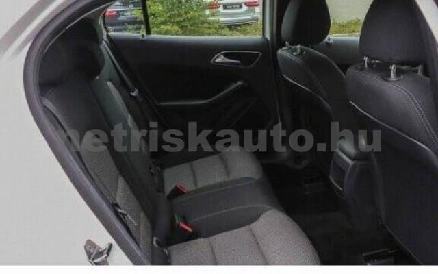 GLA 200 személygépkocsi - 2143cm3 Diesel 105961 6/8