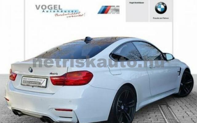 BMW M4 személygépkocsi - 2979cm3 Benzin 43040 2/7