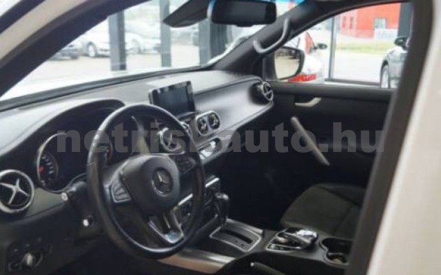 X 350 személygépkocsi - 2987cm3 Diesel 106163 7/11