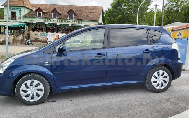 TOYOTA Corolla Verso/Verso 2.2 D-CAT Linea Sol személygépkocsi - 2231cm3 Diesel 44795 8/12