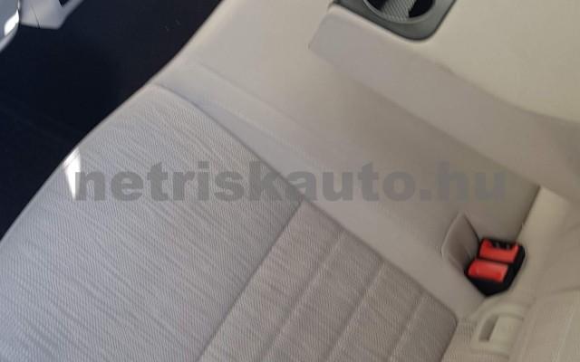 SKODA Octavia személygépkocsi - 1598cm3 Diesel 74304 8/12