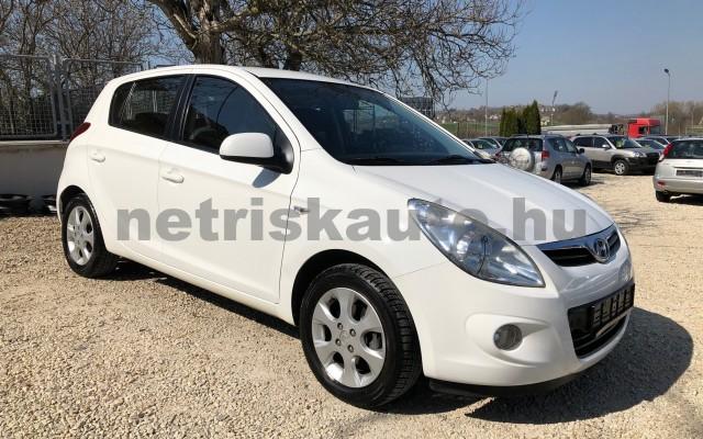 HYUNDAI i20 1.25 DOHC Comfort személygépkocsi - 1248cm3 Benzin 42316 8/12
