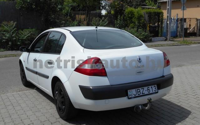 RENAULT Mégane 1.6 Authentique személygépkocsi - 1598cm3 Benzin 18331 6/8