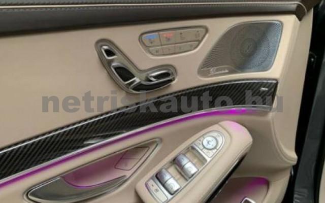 S 63 AMG személygépkocsi - 3982cm3 Benzin 106136 12/12