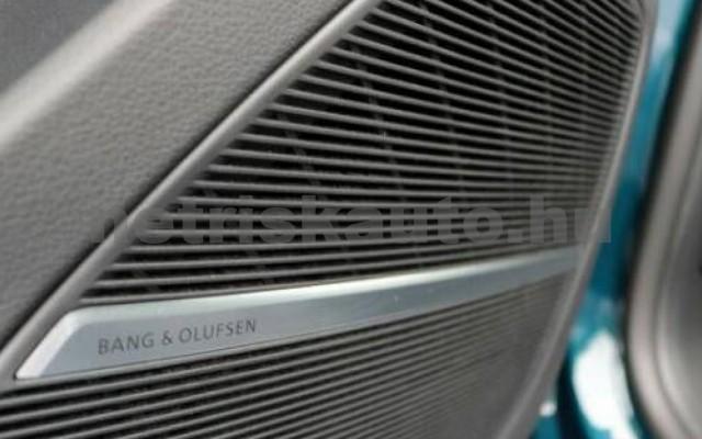 SQ8 személygépkocsi - 3956cm3 Diesel 104943 4/12