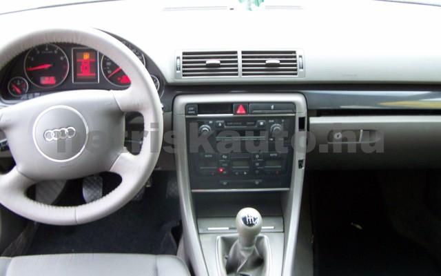 AUDI A4 1.6 Komfort személygépkocsi - 1595cm3 Benzin 44745 9/12