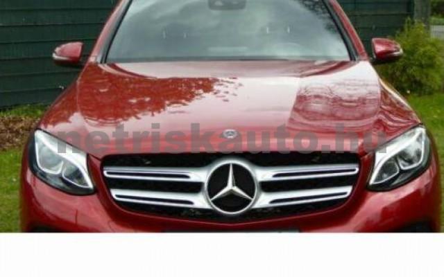 GLC 300 személygépkocsi - 1991cm3 Benzin 105985 2/12