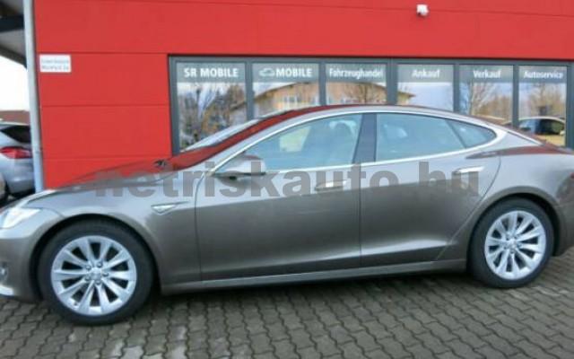 TESLA Model S személygépkocsi - 2000cm3 Kizárólag elektromos 39949 2/7