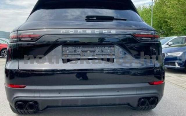 Cayenne személygépkocsi - 2995cm3 Hybrid 106295 2/12