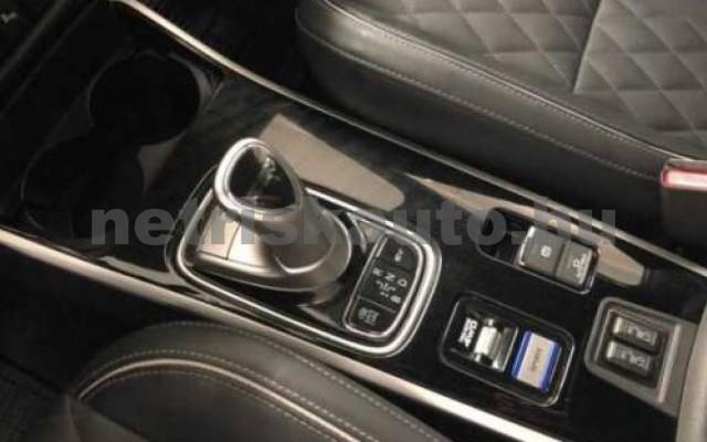 MITSUBISHI Outlander személygépkocsi - 2360cm3 Benzin 105715 11/12
