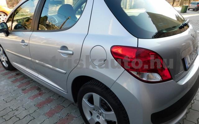 PEUGEOT 207 1.6 VTi Premium EURO5 Aut. személygépkocsi - 1587cm3 Benzin 76878 3/12