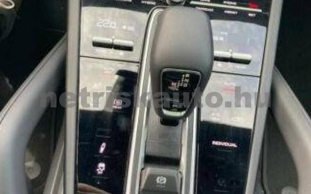 Cayenne személygépkocsi - 2995cm3 Hybrid 106295 12/12