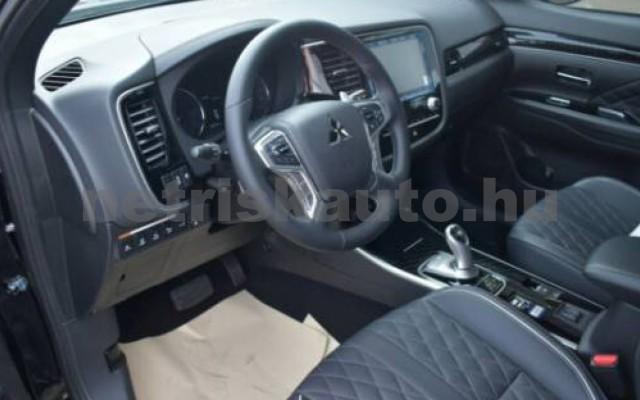 Outlander személygépkocsi - 2360cm3 Hybrid 105725 5/10