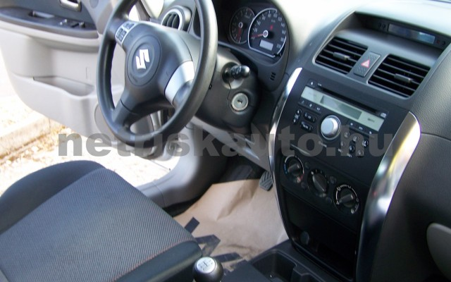 SUZUKI SX4 1.5 GLX AC személygépkocsi - 1490cm3 Benzin 98315 9/12