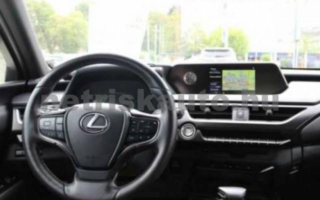 LEXUS UX személygépkocsi - 1998cm3 Benzin 110655 10/11