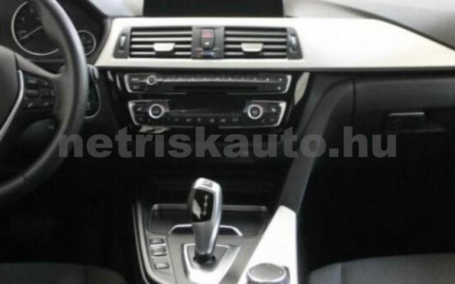 BMW 330 személygépkocsi - 2993cm3 Diesel 105070 10/12