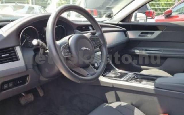 XF személygépkocsi - 1999cm3 Diesel 105450 7/10