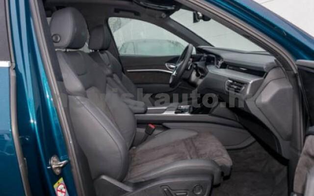 AUDI e-tron személygépkocsi - 2000cm3 Kizárólag elektromos 42581 3/7