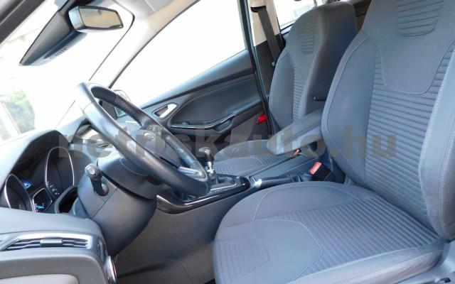 FORD Focus 2.0 TDCi Titanium személygépkocsi - 1997cm3 Diesel 98298 6/12