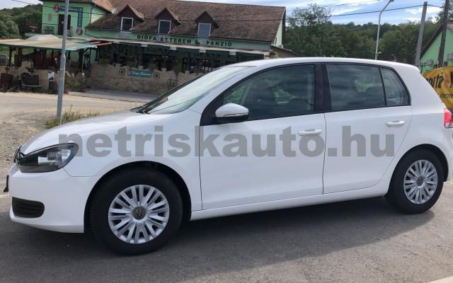 VW Golf 1.6 TDI BMT Trendline személygépkocsi - 1598cm3 Diesel 106552 2/12