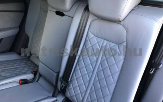 AUDI SQ8 személygépkocsi - 3956cm3 Diesel 109654 11/11