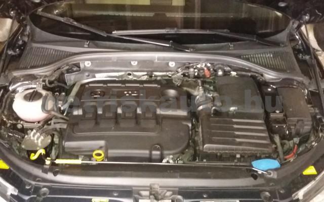 SKODA Octavia személygépkocsi - 1598cm3 Diesel 74304 12/12