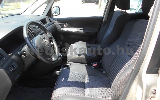 TOYOTA Corolla Verso/Verso 1.8 Linea Sol személygépkocsi - 1794cm3 Benzin 18335 7/8