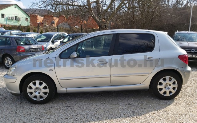 PEUGEOT 307 1.6 HDi Presence személygépkocsi - 1560cm3 Diesel 32780 2/12