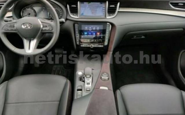 QX50 személygépkocsi - 1997cm3 Benzin 105451 10/12