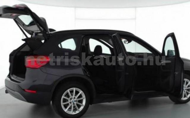 X1 személygépkocsi - 1995cm3 Diesel 105213 2/8