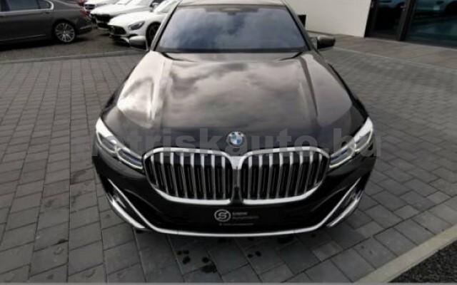 BMW 745 személygépkocsi - 2998cm3 Hybrid 42997 2/7