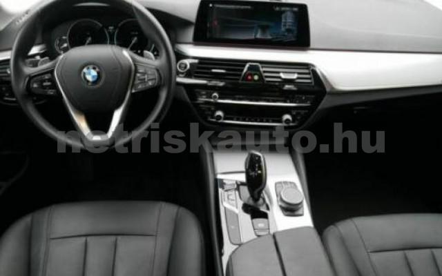 520 személygépkocsi - 1995cm3 Diesel 105132 8/11