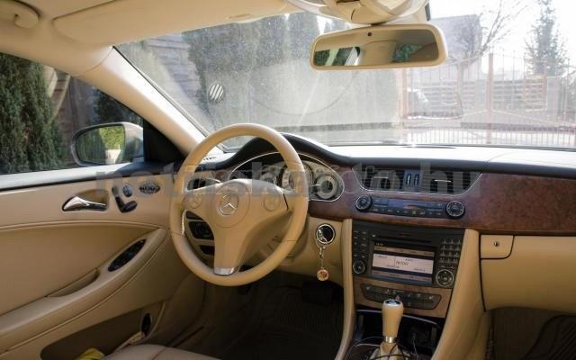 MERCEDES-BENZ CLS-osztály CLS 320 CDI Aut. személygépkocsi - 2987cm3 Diesel 14243 2/5