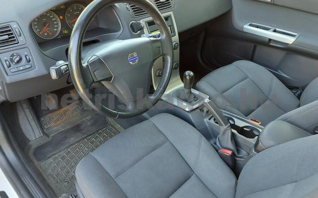 VOLVO S40 2.0 Momentum személygépkocsi - 1999cm3 Benzin 52507 6/28