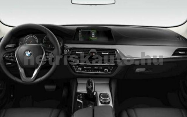 520 személygépkocsi - 1998cm3 Benzin 105119 3/3