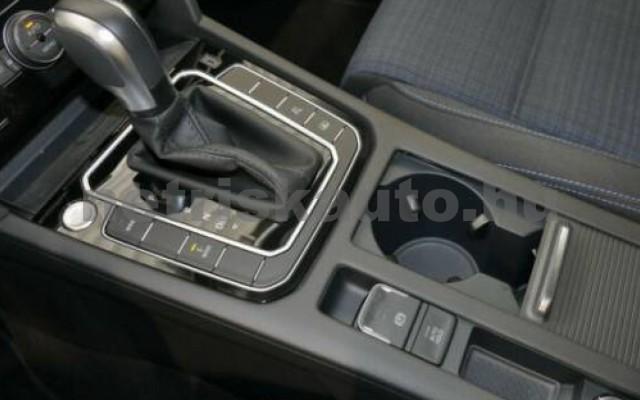 Passat személygépkocsi - 1400cm3 Hybrid 106357 8/9