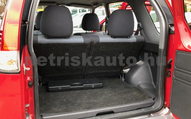DAIHATSU Terios 1.3 Top személygépkocsi - 1298cm3 Benzin 74367 10/12