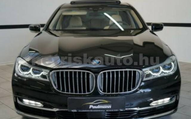 BMW 750 személygépkocsi - 4395cm3 Benzin 42999 2/7