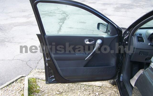 RENAULT Mégane 1.4 Azure személygépkocsi - 1390cm3 Benzin 93264 10/12