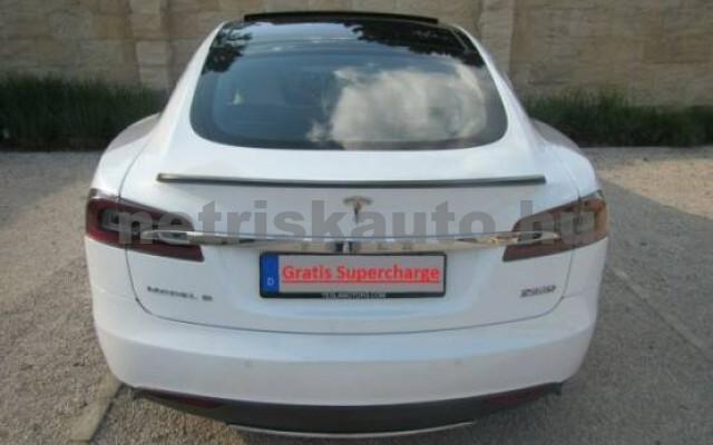 TESLA Model S személygépkocsi - 2000cm3 Kizárólag elektromos 39962 4/7