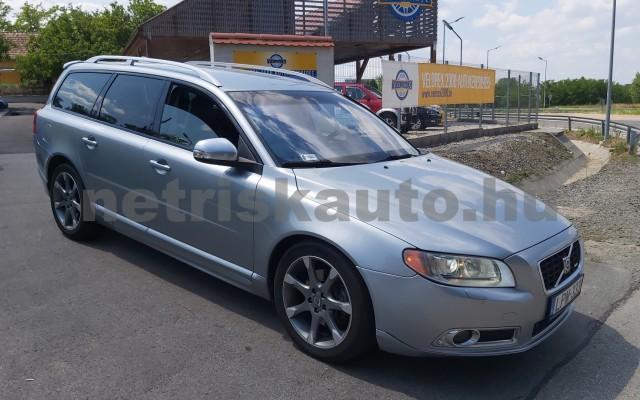 VOLVO V70/XC70 2.4 D XC AWD Summum Geartronic személygépkocsi - 2400cm3 Diesel 98311 3/12