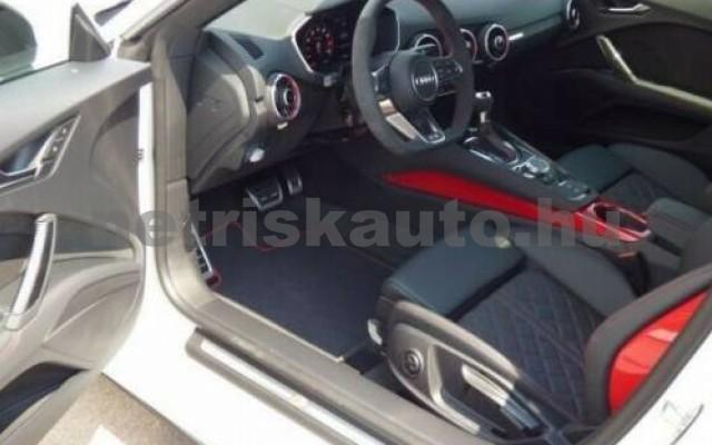 TTS személygépkocsi - 1984cm3 Benzin 105000 3/9