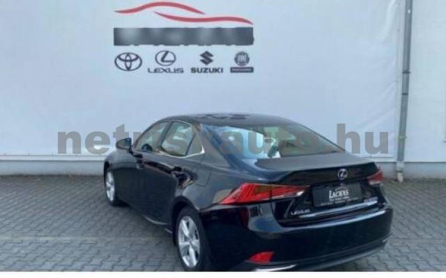 IS 300 személygépkocsi - 2494cm3 Hybrid 105610 3/12